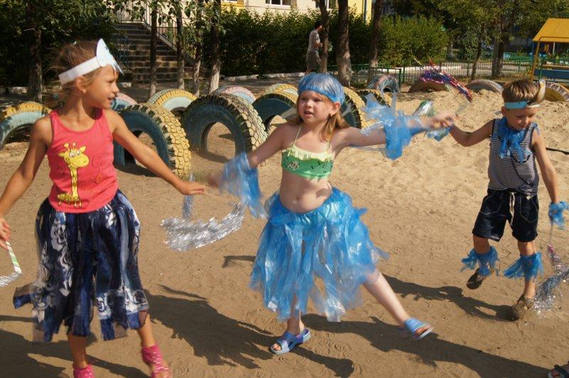 День нептуна костюмы для детей своими руками фото